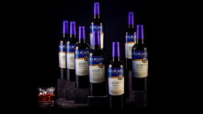 Lotus Multiplying Wine Bottles by Tora Magic - Trick