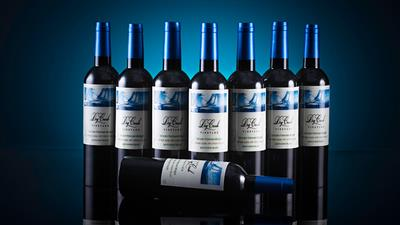 Ocean Multiplying Wine Bottles by Tora Magic - Trick
