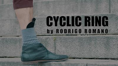 CYCLIC RING (Black Gimmick and Online Instructions) by Rodrigo Romano - Trick